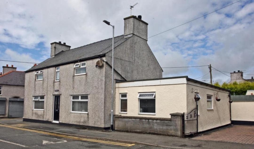 Bryn Celyn, Gwalchmai, Anglesey