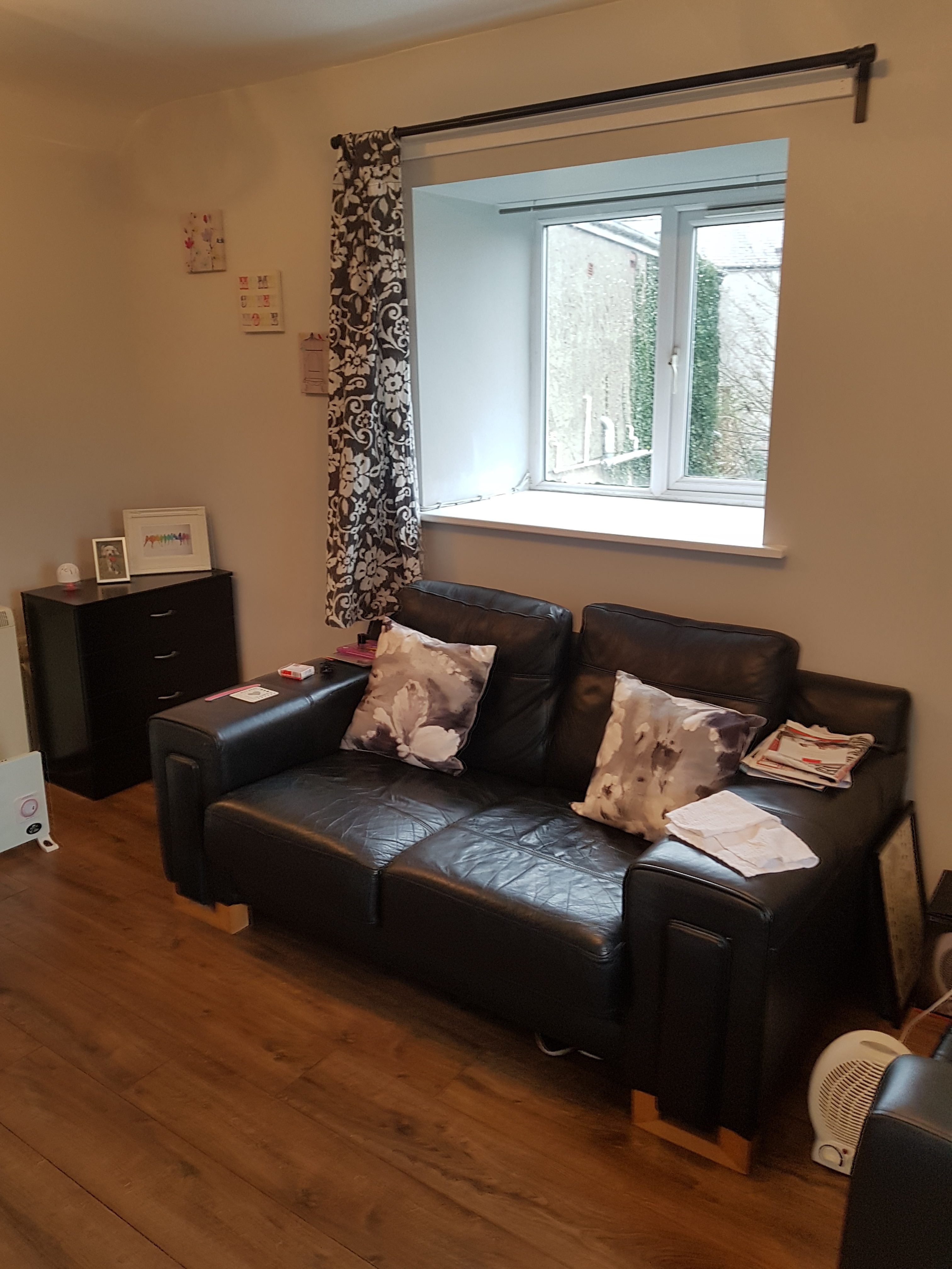 Flat 6, Mona House, Church Street, Llangefni, Anglesey. LL77 7DU